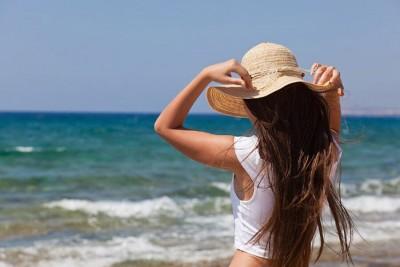 Com cuidados, verão pode ajudar a aliviar sintomas da psoríase